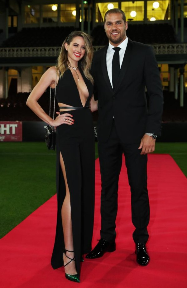 Jesinta Campbell Brownlow Showstopper2