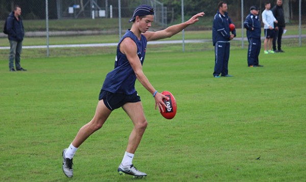 jy Simpkin kicking radar draft 2018
